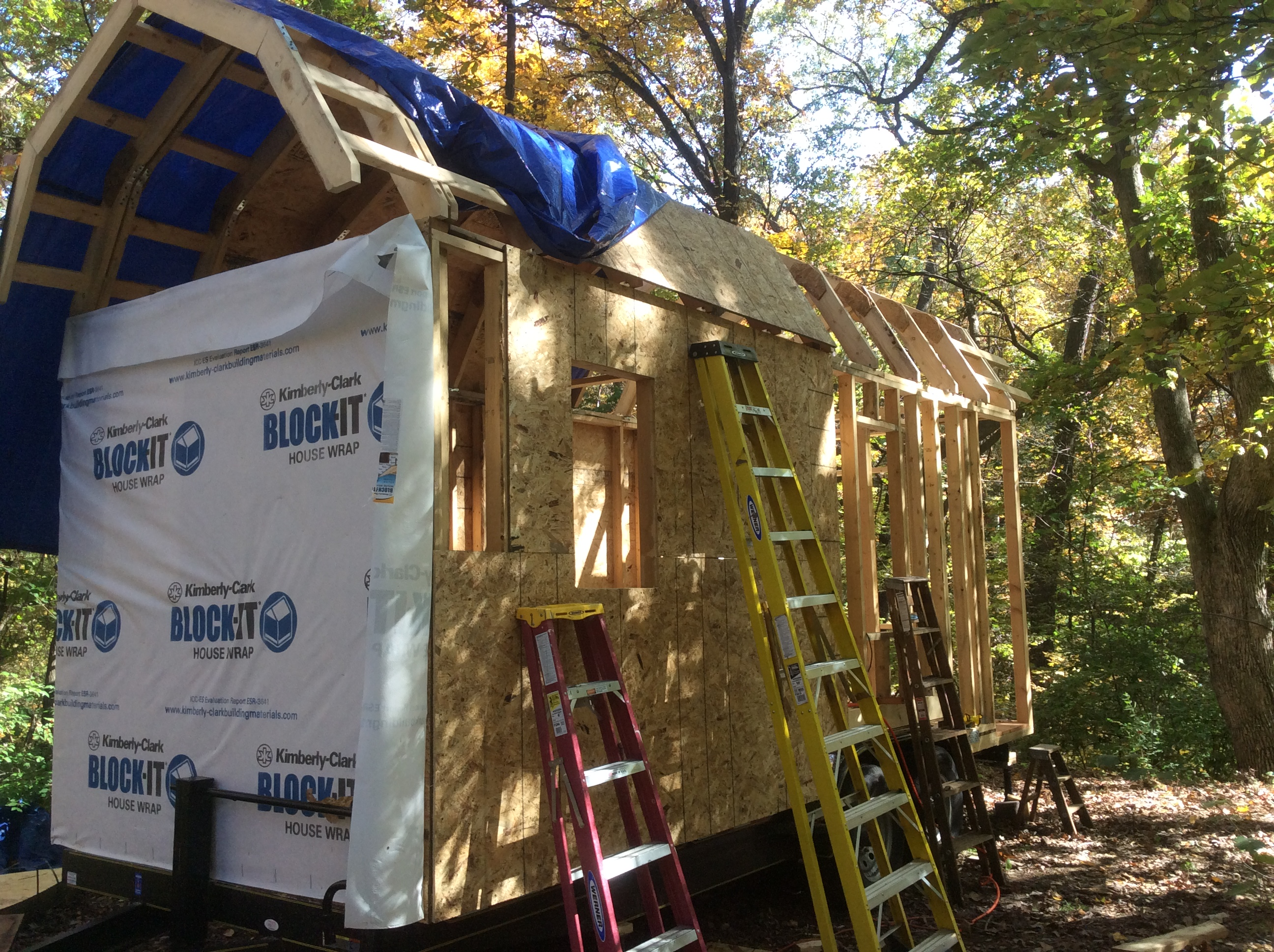 Gambrel Roof On A Tiny House Zenurbancoyote